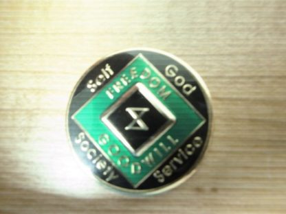 9 Year NA Tri-Plate Green Medallion