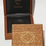 NA Medallion Holders Medallion Holder Box – Mahogany