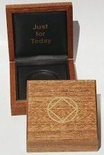 NA Medallion Holders Medallion Holder Box – Mahogany