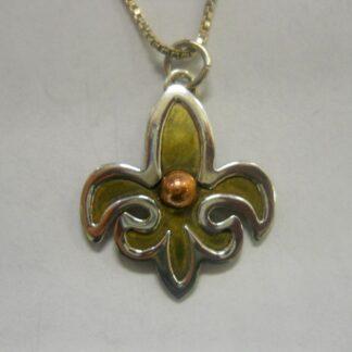 Necklace-Fleur di Lis